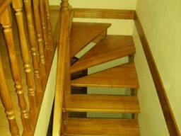 Лестницы из сосны. Сосновая лестница