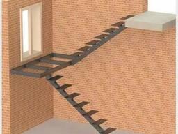 Лестницы металлические: прямые/поворотные/винтовые/хребтовые - фото 4