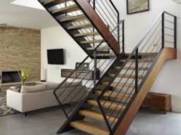 Лестницы на металлокаркасе.