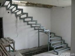 Лестницы изготовление, монтаж. Киев.