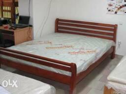 Ліжко з дерева Ретро (є на виставці)