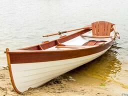 Лодка деревянная гребная Whitehall