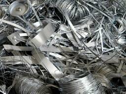 Лом и отходы нержавеющей стали, а также стружку, трубы