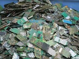Лом и отходы с содержанием драгоценных металлов