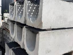 Лоток водоотводный SUPER ЛВ -30.40.41 бетонный с чугунной решеткой цена склад