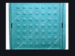 Люк смотровой полимерпещанный квадратный 300х300 мм, зелёный