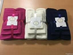 Махровые полотенца подарочный комплект