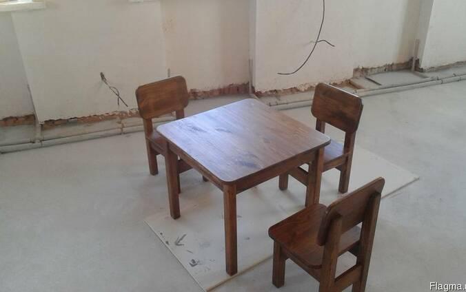 Мебель деревянная для детской комнаты, парта, стол, стулья