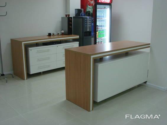 Мебель в аптеку на заказ Киев