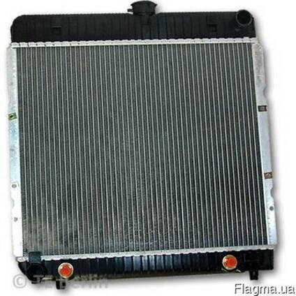 Мерседес 123 . 1980. 2.5 - Радиатор охлаждения двигателя .