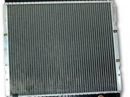 Мерседес 123 . 1980. 2. 5 - Радиатор охлаждения двигателя .
