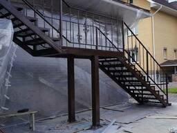 Металлические и деревянные лестницы. Изготовление и установка - фото 2