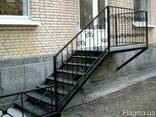 Лестницы из металла - фото 4