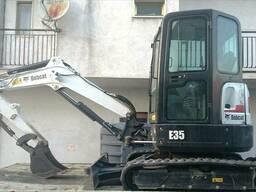 Мини-экскаватор Бобкет 3, 5 тонн Bobcat E35