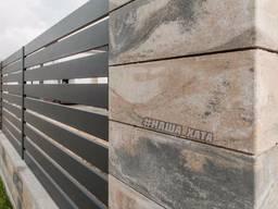 Модерный, бетонный блок для ограждения. Установка, монтаж. Киев.