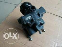 Модулятор передних тормозов 1448019; front axle modulator