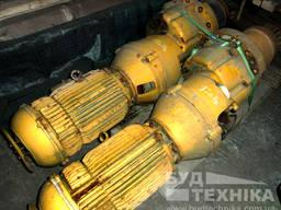 Мотор поворота башенного крана Liebherr 120 HC
