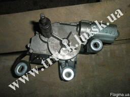 Моторчик задних дворников Volkswagen Caddy(под ляду) 1T09557