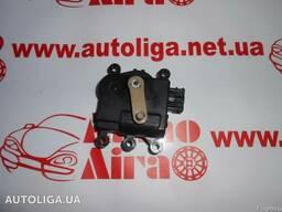 Моторчик заслонки печки Mazda 6 Wagon (GH) 07-12 бу