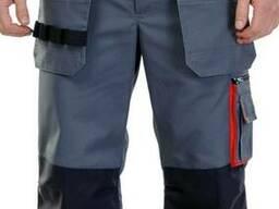 Мужские бриджи с накладными карманами