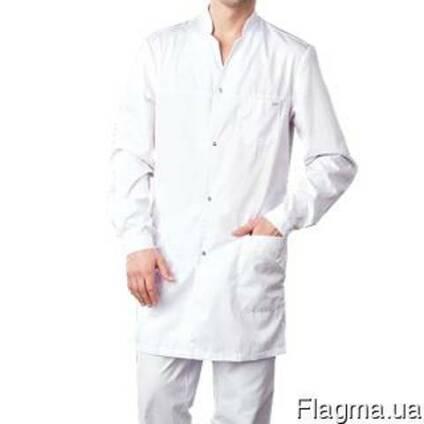 Мужской медицинский халат белого цвета