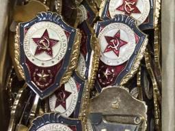Нагрудный знак «Отличник Советской Армии»