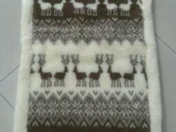 Накидка на сиденье автомобиля из овчины (1 штука) - олени