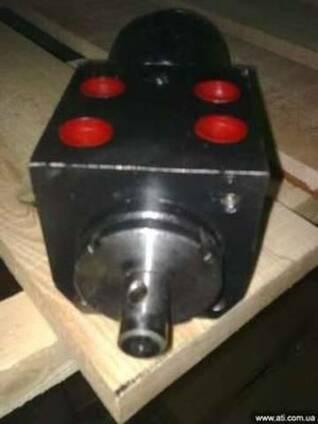 Насос дозатор МРГ-125 на трактор Т-16