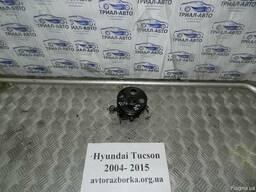 Насос ГУР на Hyundai Tucson объем 2,0 дизель