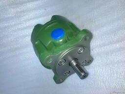 Насос лопастной Г 12-33 АМ ( 25 л/мин)