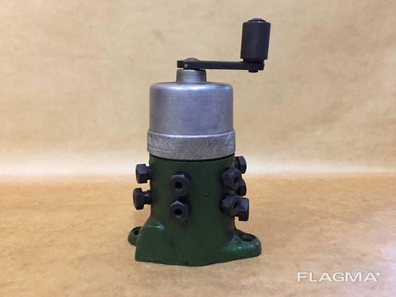 Насос плунжерный - лубрикатор 212 (С17-12М), 106П (С18-11М)