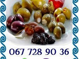 Натуральні бочкові грецькі оливки в асортименті