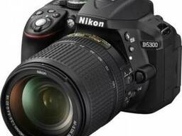 Nikon D5300 18-140mm black (VBA370KV0