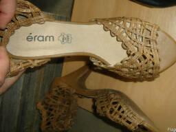 Новая обувь женская на вес. Сток. Лето. Микс. По 14,5 евр/кг. - фото 3