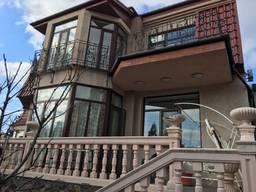 Новый дом 348 м. кв. , на 4. 7 сотках земли с госактом