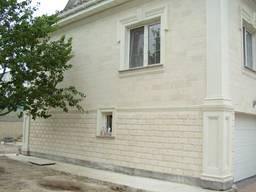Облицовка фасадов и интерьера природным камнем