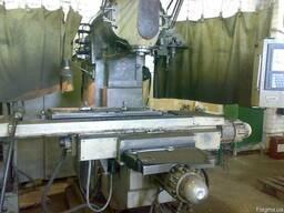 Обрабатывающий центр вертикально-фрезерный СВМ 1Ф4