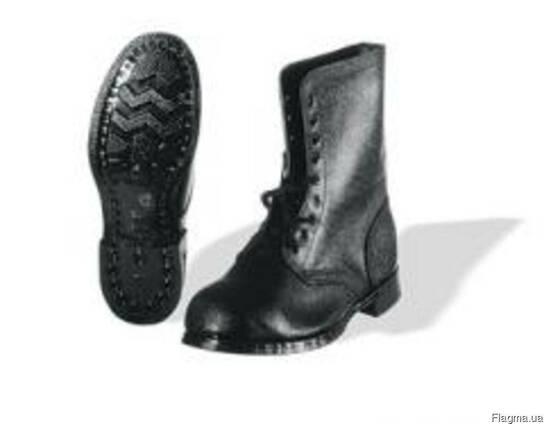 Обувь гвоздевого метода крепления, с высокими берцами,
