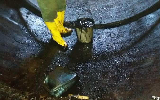 Очистка резервуаров, емкостей от остатков хранимого продукта