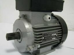Однофазный электродвигатель АИ1Е 80 С2 (2, 2 кВт 3000 об/мин)