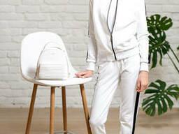 Спортивные белые костюмы на молнии для девочки подростка.