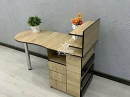 Маникюрный стол с ящиком-карго. Модель V437