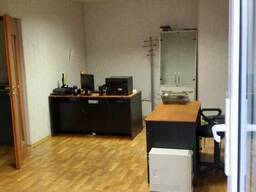 Офис с мебелью, только эл-во и вода