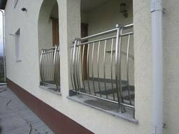 Огородження балконів із нержавіючої сталі