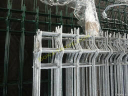 Ограждения из сетки в горячем цинке (горячеоцинкованные)