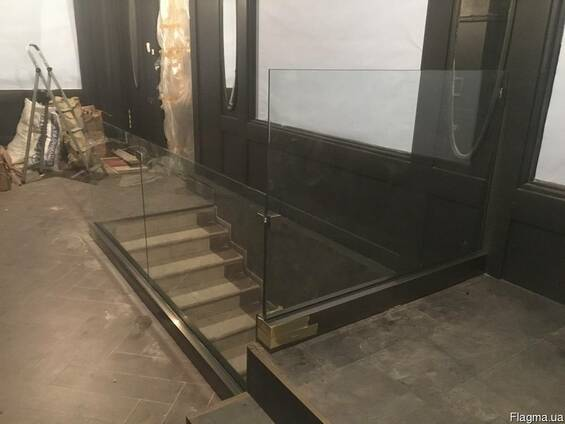 Ограждения из закалённого стекла