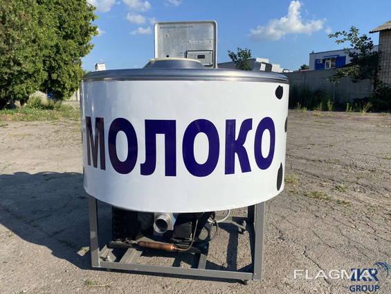 Охладитель молока 200 л открытого типа