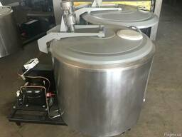 Охладитель молока БУ на 600 литров. Холодильник для молока.