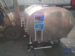 Охладитель молока Mueller объёмом 3000 литров