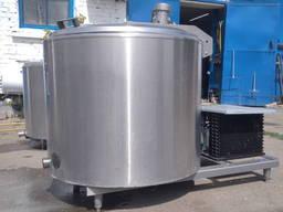 Охолоджувач молока 400 літрів